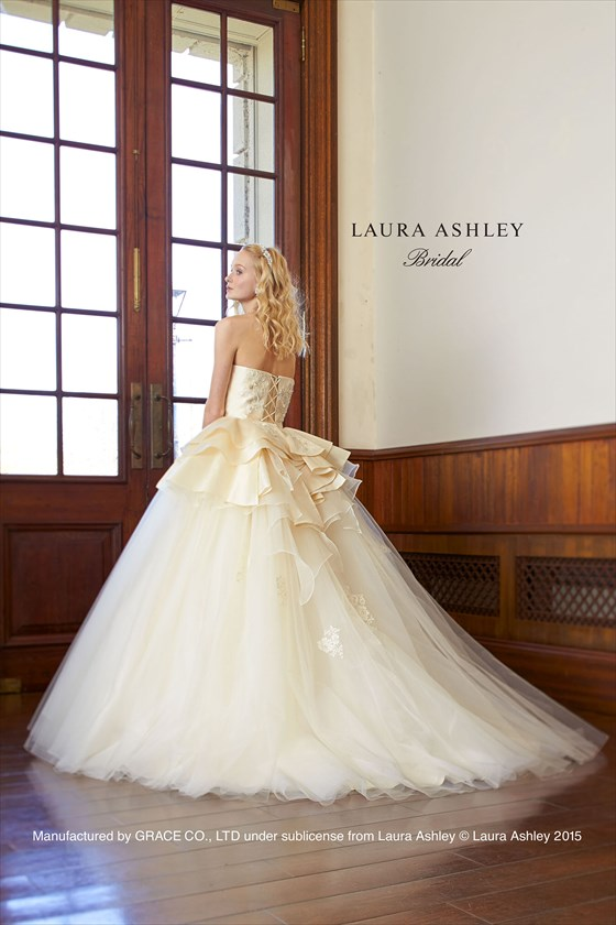 Laura Ashley LA8