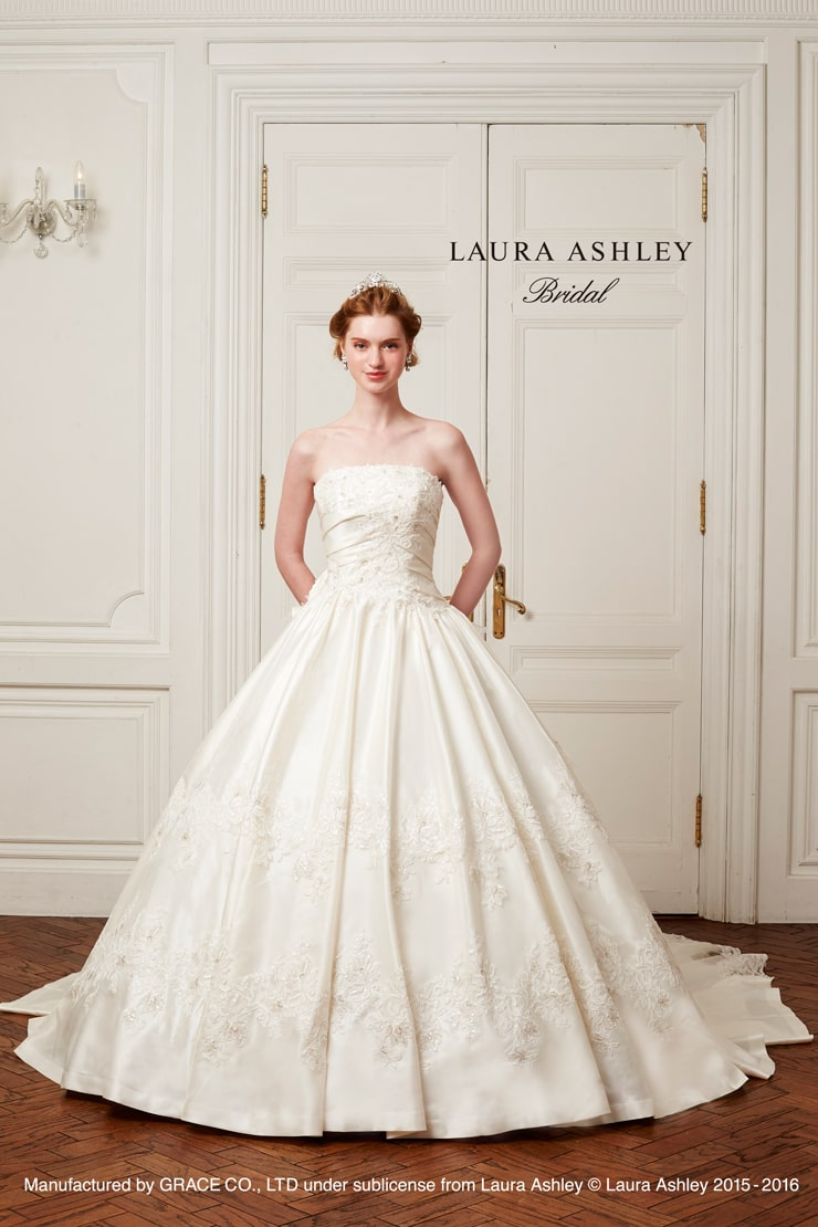 Laura Ashley LA16