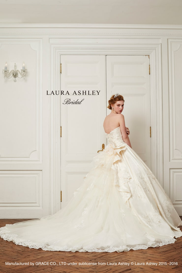 Laura Ashley LA16